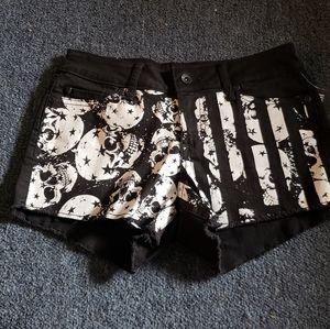Blackheart Low rise shorts